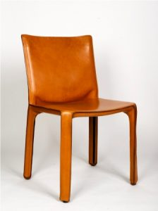 Cab Chair ontworpen door Mario Bellini voor Cassina