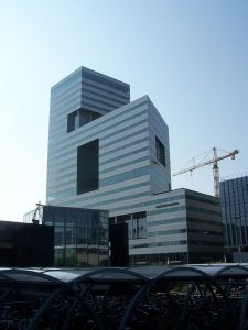Ito Toren in Amsterdam, ontworpen door Toyo Ito
